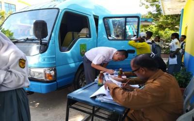 'Jemput Bola' Perekaman KTP-el dari Dinas Kependudukan dan Pencatatan Sipil Kota Batam