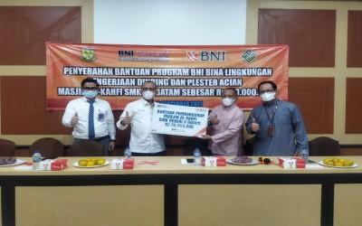 Penyerahan Bantuan dari BNI untuk Masjid Al Kahfi